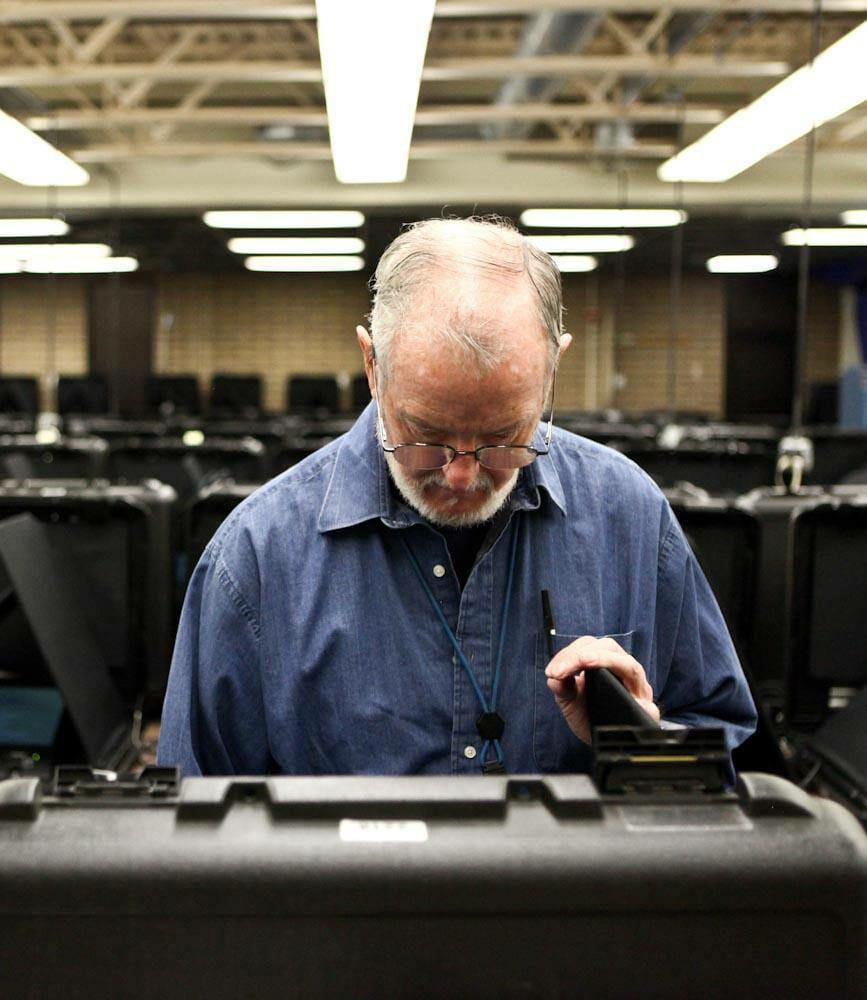 voting-machine-2013