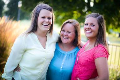Theresa, Eileen and sister/daughter Megan