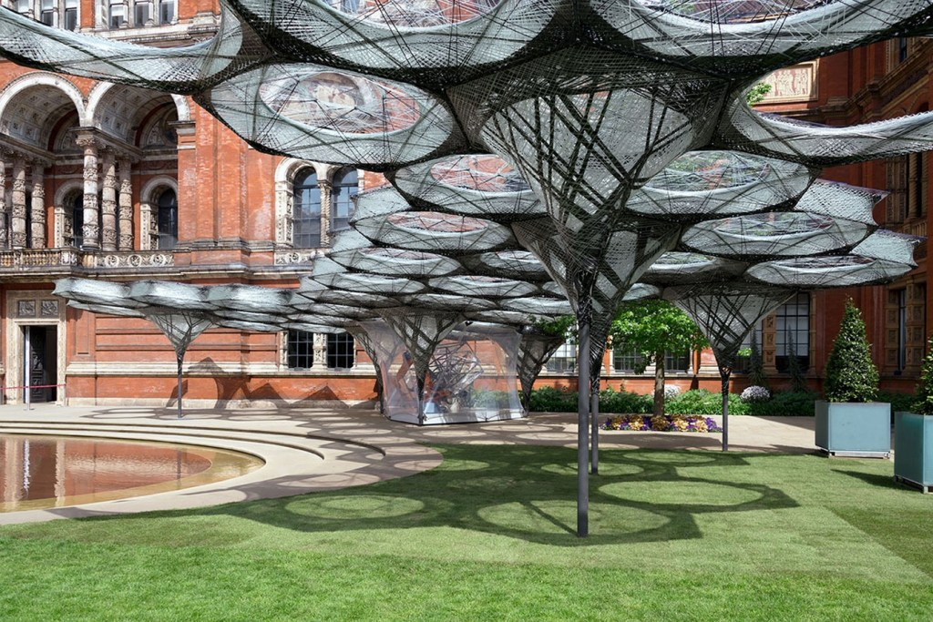 10 Examples of amalgamation of nature and architecture