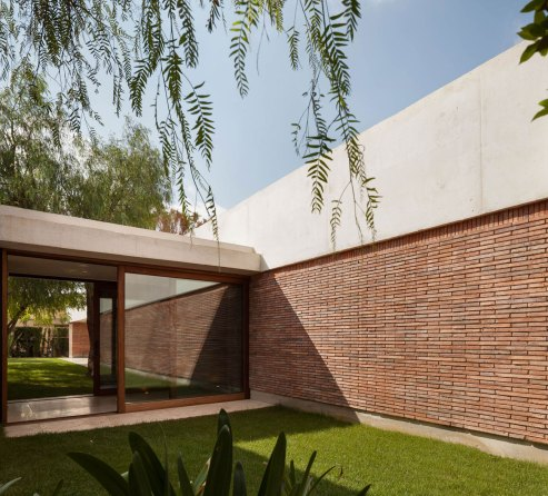 House IV in Alicante / Mesura
