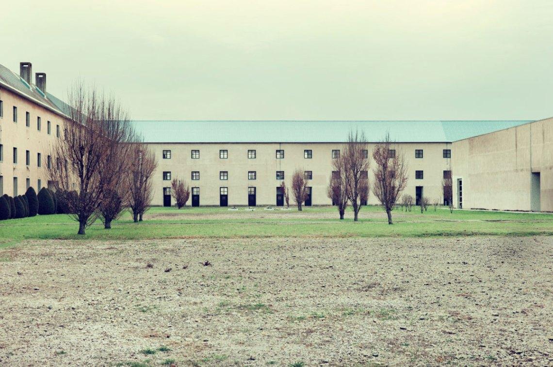 Courtyard of the San Cataldo Cemetery / Aldo Rossi