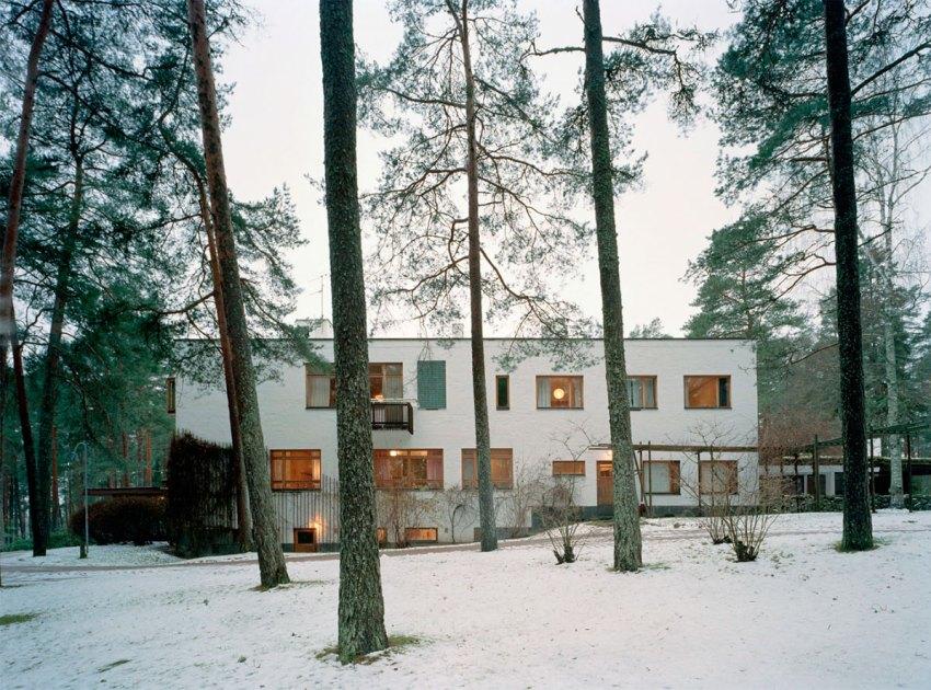 Exterior view of Villa Mairea by Alvar Aalto