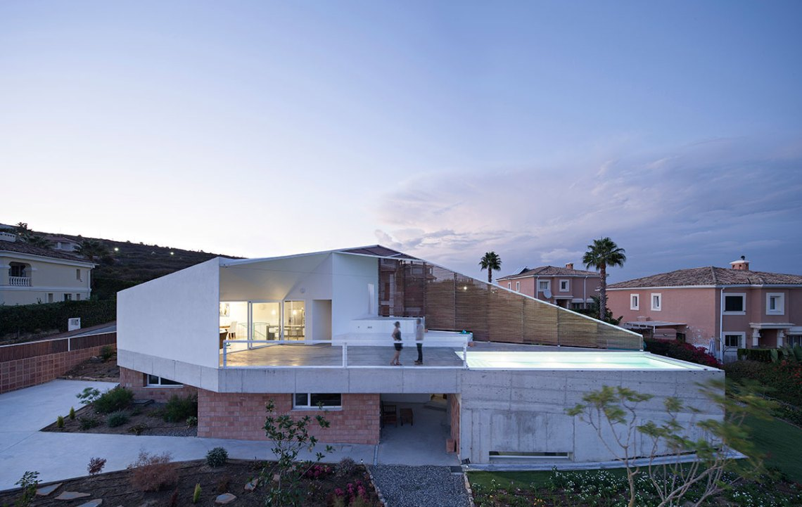 ALTERNATIVES: Exhibition of Spanish Biennial of Architecture / The Cooper Union