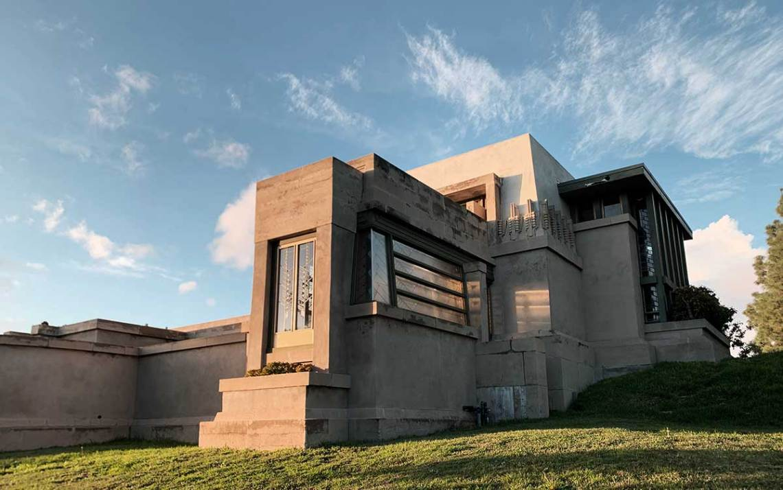 Frank Lloyd Wright Hollyhock House Exterior