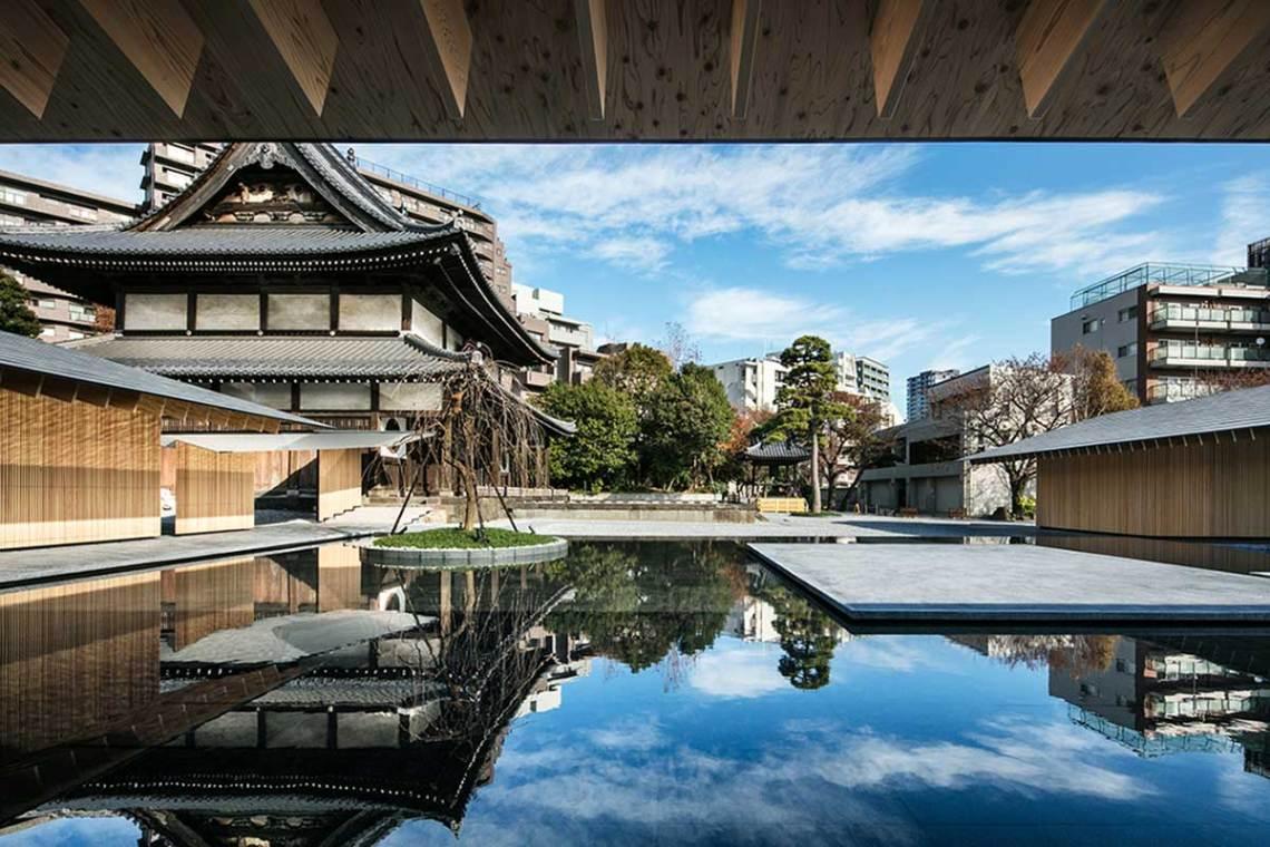 Old and new Shiunzan Zuisho-Ji Temple in Tokyo Kengo Kuma and Assosiates