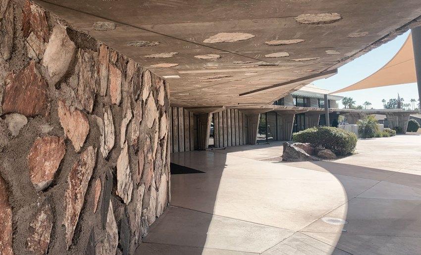 First Christian Church in Phoenix Entrance