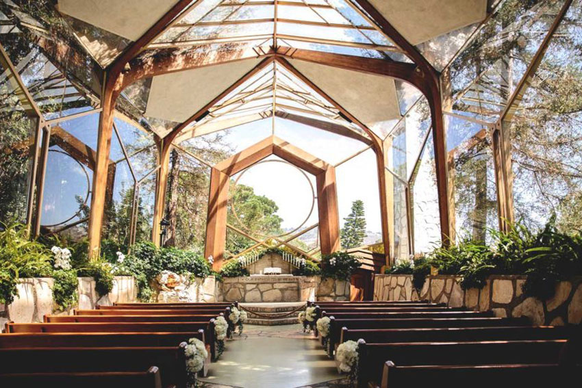 Wayfarers Chapel in Palos Verdes interior by Lloyd Wright Architect