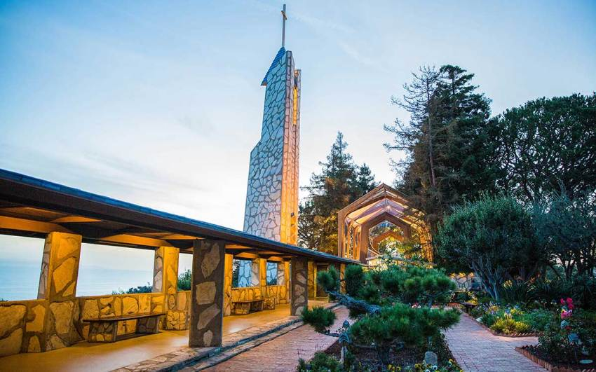 Wayfarers Chapel in Palos Verdes exterior by Lloyd Wright Architect