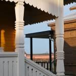 Wood details balcnoy - Suzdal Estate House / FORM Bureau