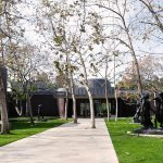 Main entrance- Norton Simon Museum in Pasadena / Ladd & Kelsey Architects