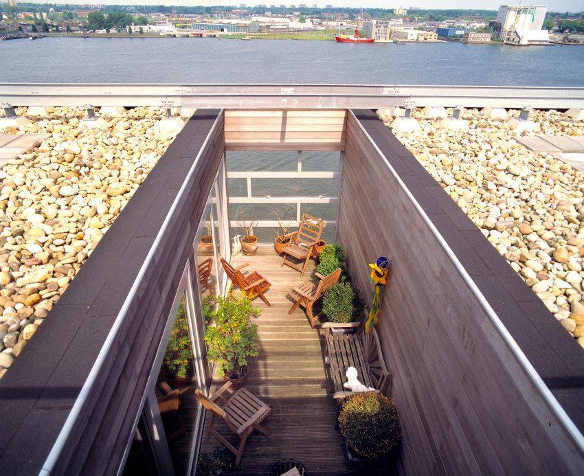 Roof top terraces - Silodam Housing Block in Amsterdam / MVRDV