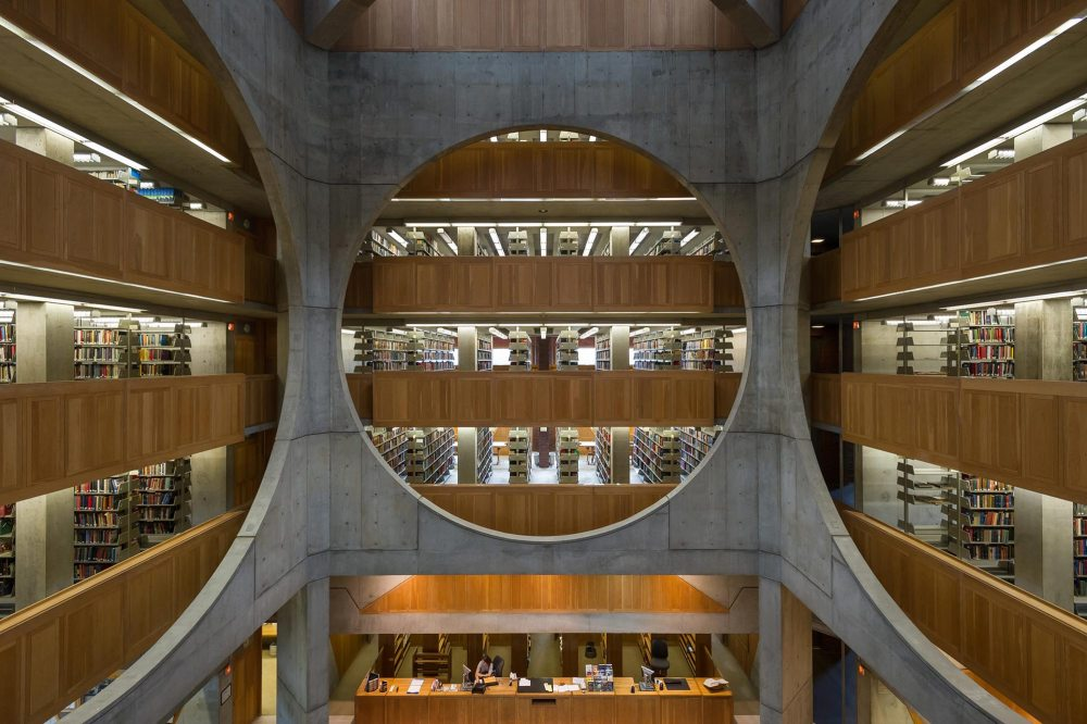 Voids - Phillips Exeter Academy Library / Louis Kahn