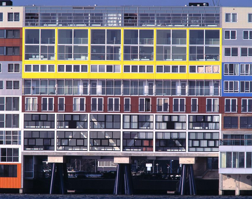 Color Elevation - Silodam Housing Block in Amsterdam / MVRDV