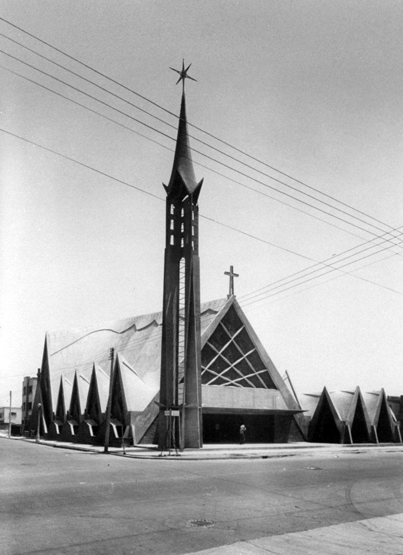 Felix Candela Chapel - Street View