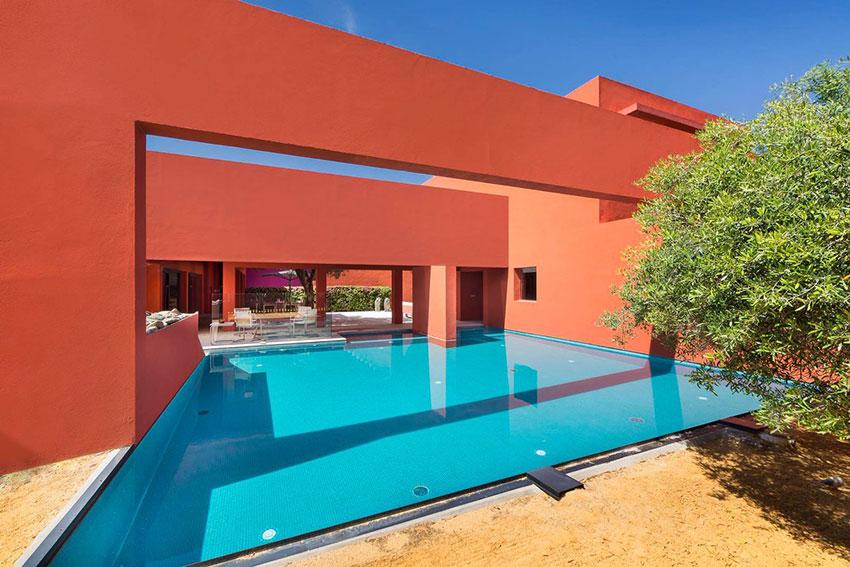 Pool - House Adrenaline in Sotogrande / Ricardo Legorreta