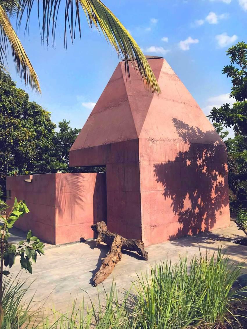 Tejorling Radiance Temple / Karan Darda Architects