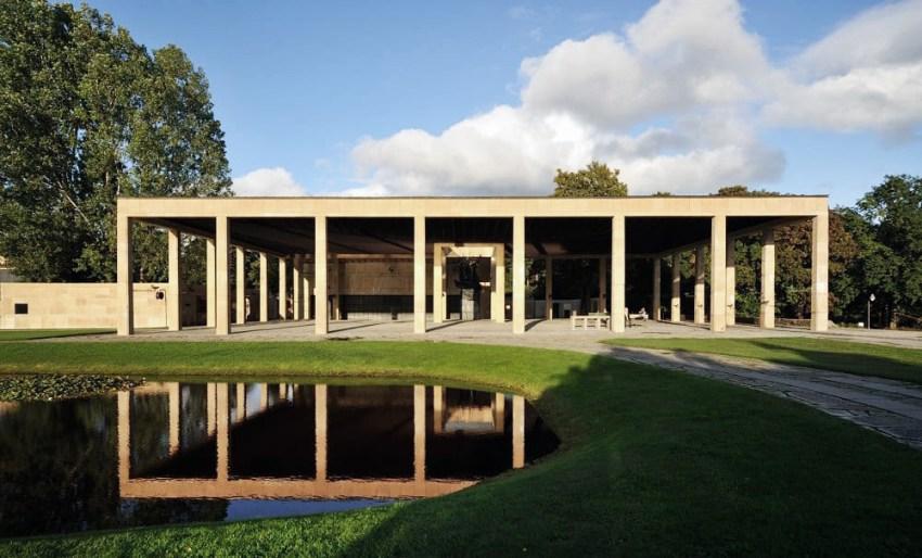 Woodland Crematorium Facade, Asplund, 1935-40