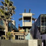 Front View - Exterior view - Norton House in Venice Beach / Frank Gehry