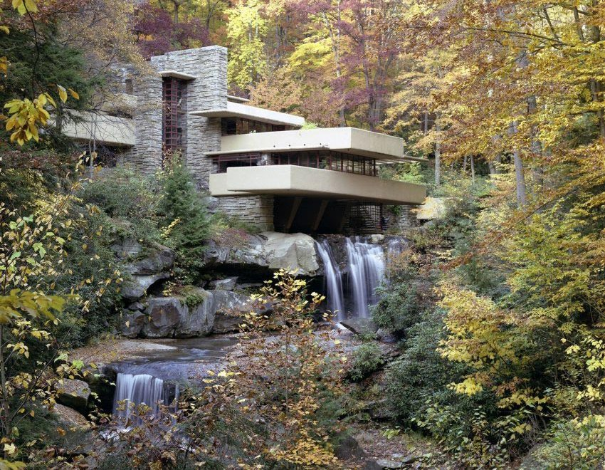 Fallingwater House by Frank Lloyd Wright / Edgar J. Kaufmann House
