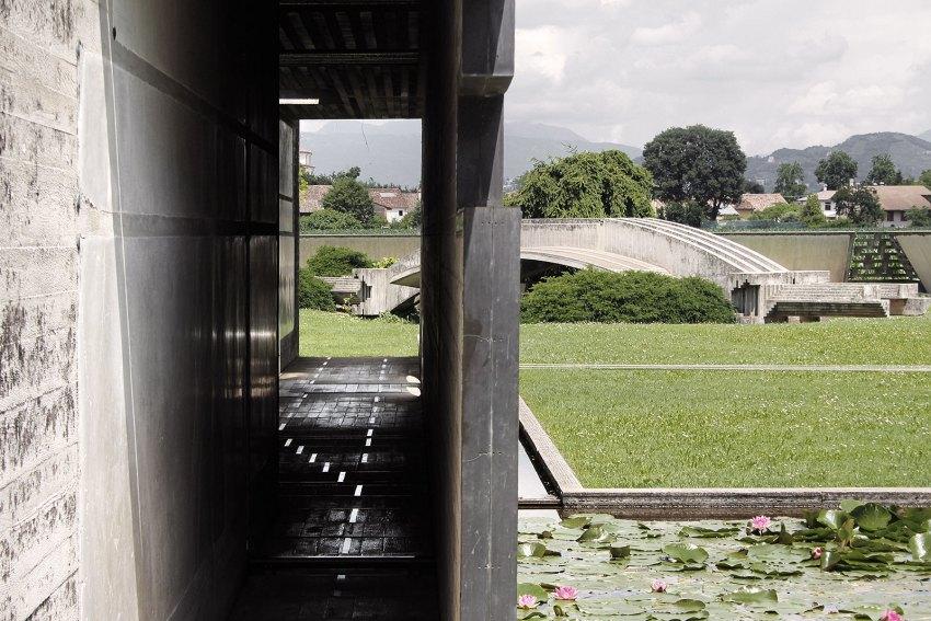 Brion Cemetery Sanctuary Carlo Scarpa ArchEyes trevor patt concrete