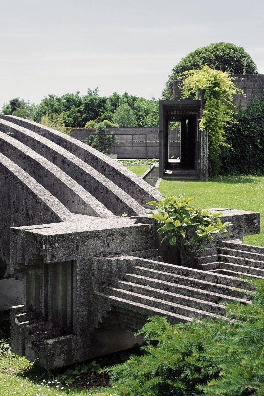 Brion Cemetery Sanctuary Carlo Scarpa ArchEyes trevor patt stairs
