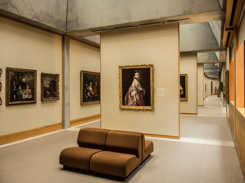 Echibition Space - Yale Center for British Art / Louis Kahn