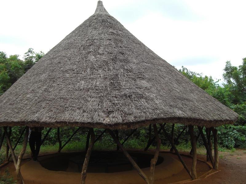 village-souterrain-parc-archeologique-agongointo-benin-16