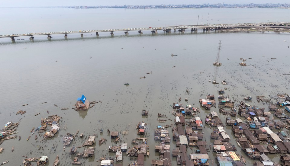 nigeria-lagos-ecole-flottante-de-makoko-par-kunle-adeyemi-nominee-design-de-lannee-2014-15