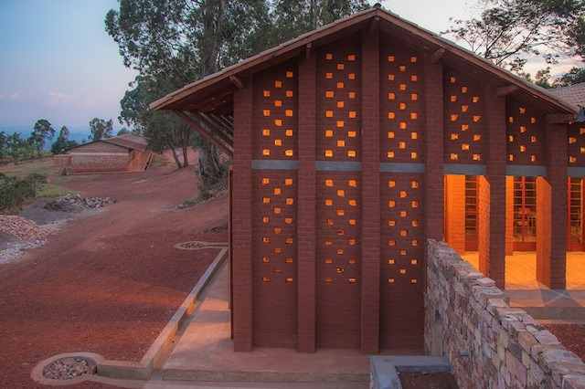 bibliotheque-de-muyinga-par-bc-architects-20
