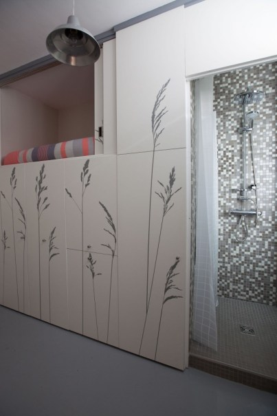 renovation-chambre-de-bonne-de-8m2-agreable-et-moderne-en-plein-paris-par-studio-kitoko-12