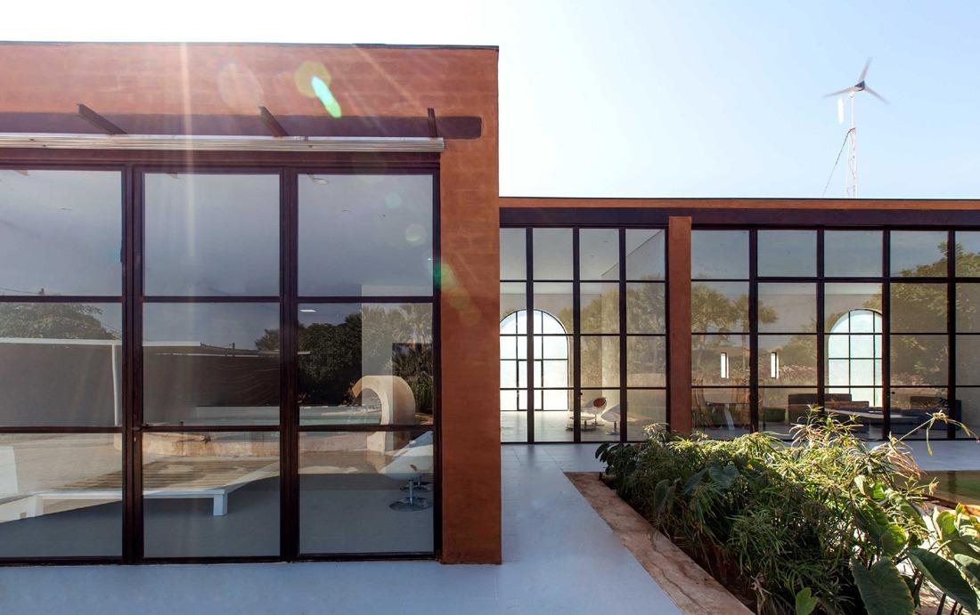 Khamsa-house-residence-privee-en-terre-au-senegal-atelier-koe9