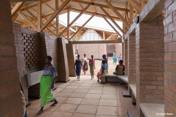village-de-mise-en-observation-de-femmes-enceintes-mass-design-group-malawi-3