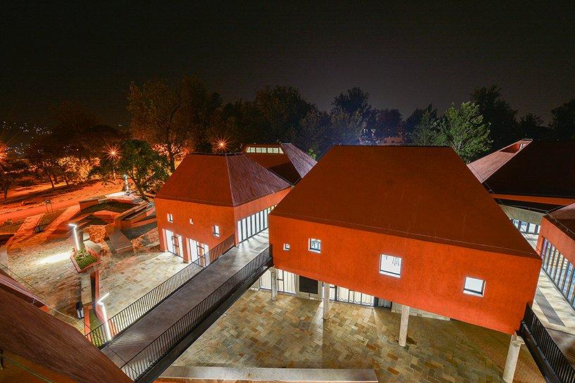 ecole-darchitecture-de-kigali-au-rwanda-par-schweitzer-associes-architectes -13
