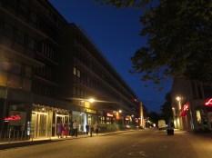 En avsevärt högre belysningsstyrka i gaturummet