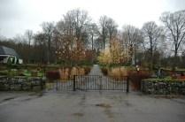 Skogskyrkogårdens entré idag