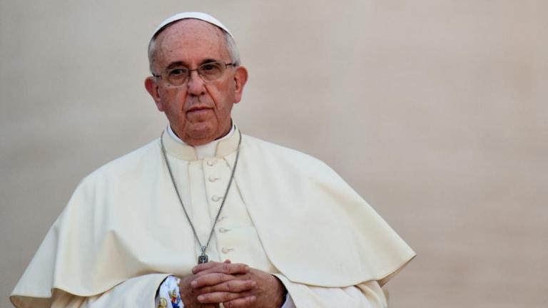 Le pape critique ceux qui veulent réformer l'Église mais ne prient pas