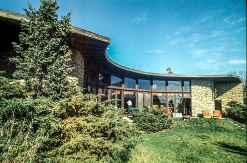 Jacobs Residence II. Ruth and Rick Meghiddo, 1971. All Rights Reserved.