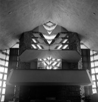 Unitarian Meeting House. Ruth and Rick Meghiddo, 1971. All Rights Reserved.