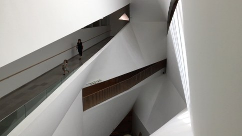 Tel Aviv Museum of Art. Copyright Ruth and Rick Meghiddo, 2016. All Rights Reserved.