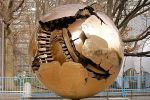 Arnaldo Pomodoro: Sphere within a Sphere
