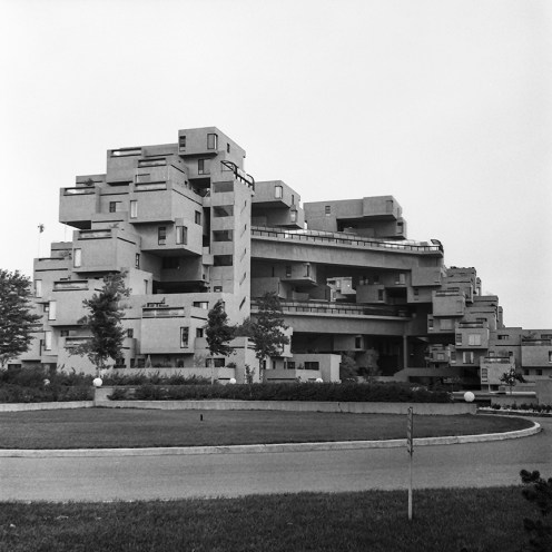 Habitat 67. Architect: Moshe Safdie. Photo: R&R Meghiddo.