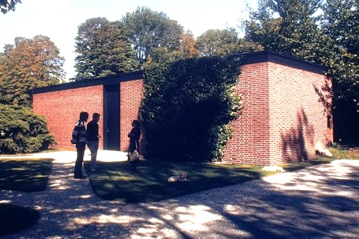 Guest House, New Canaan. Architect: Philip Johnson. Photo: R&R Meghiddo.