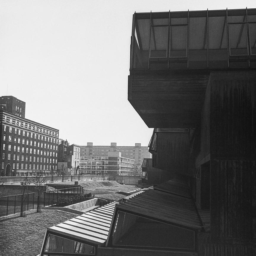 Pimlico School, 1970. Architect: John Bancroft. Photo: R&R Meghiddo.