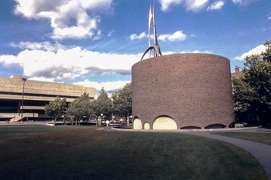 MIT Chapel, 1956. Architect: Eliel Saarinen. Phioto: R&R Meghiddo.