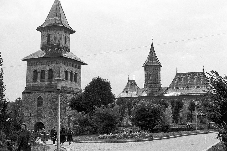Romania - Unidentified church - © R&R Meghiddo 1967 – All Rights Reserved