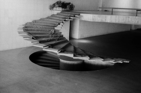 Brasilia - Itamaraty Palace, Foreign Relations Ministry, 1960. Architect: Oscar Niemeyer - © R&R Meghiddo 1967 – All Rights Reserved