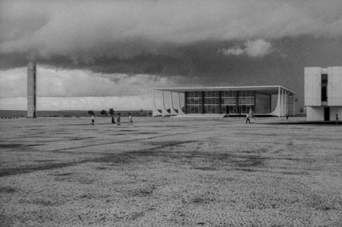 Brasilia - Planalto Palace, 1960. Architect: Oscar Niemeyer - © R&R Meghiddo 1967 – All Rights Reserved
