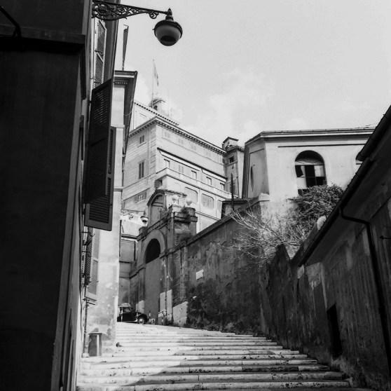 Roma - Quirinale - Salita di Montecavallo - © R&R Meghiddo 1967 – All Rights Reserved
