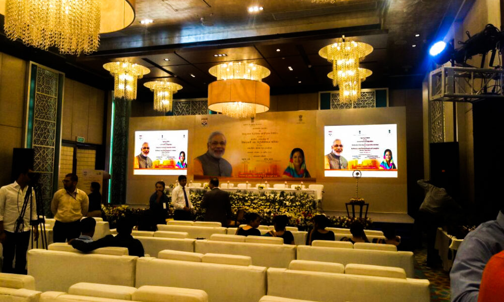 Stage - Backdrop with 02 Screen Modi_edited