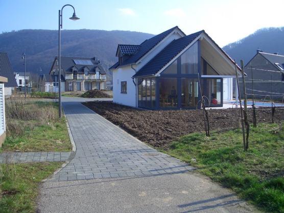 Einfamilienhaus mit Pool, Winningen